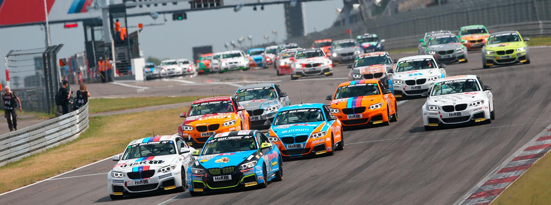Motorsport-Rennen auf der Langstrecke Nürburgring